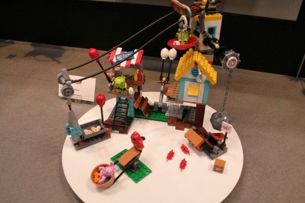 angry-birds-lego-toy-fair-8