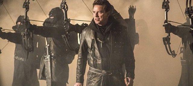 arrow-cast-image-sins-of-the-father-john-barrowman