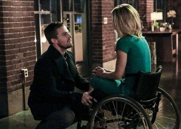 arrow-cast-image-sins-of-the-father-ollicity