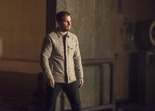 arrow-cast-image-sins-of-the-father-stephen-amell