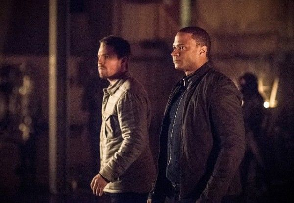 arrow-cast-image-sins-of-the-father-stephen-amell-david-ramsey
