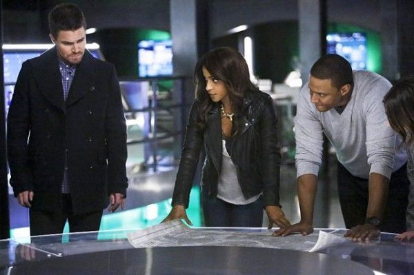 arrow-taken-stephen-amell-megalyn-echikunwoke-david-ramsey