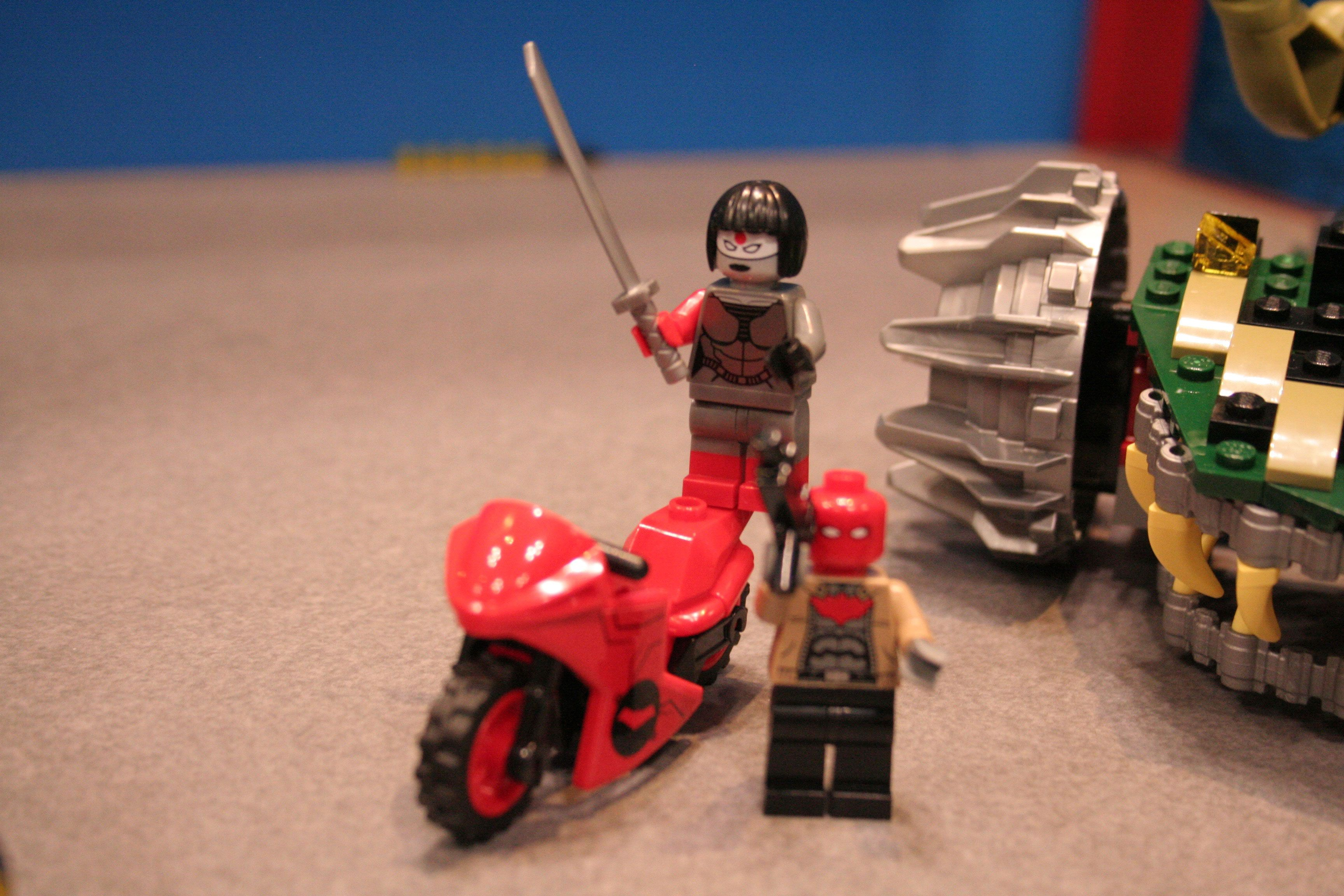 Batman vs Superman, Captain America Lego Images from Toy ...
