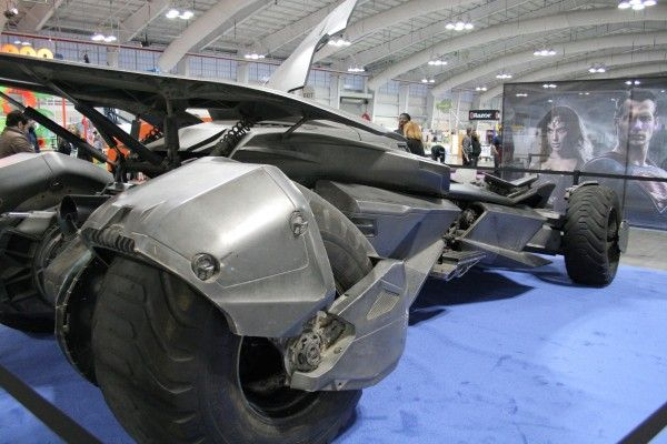 batman-v-superman-batmobile
