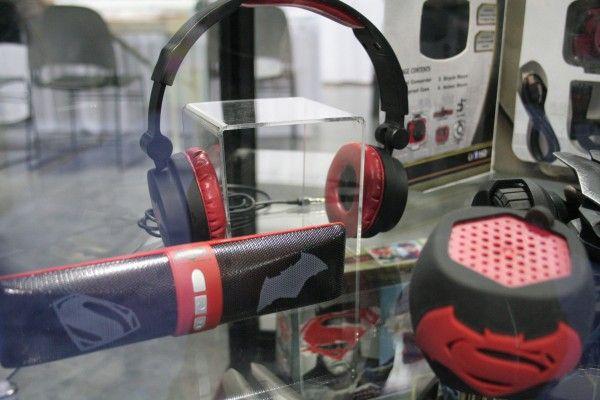 batman-v-superman-headphones