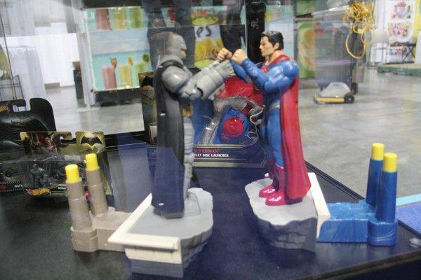batman-v-superman-toy