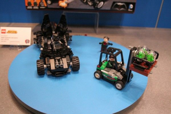 batman-vs-superman-lego-toy-fair-6