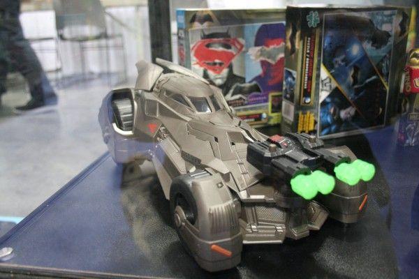 batmobile-toy-fair