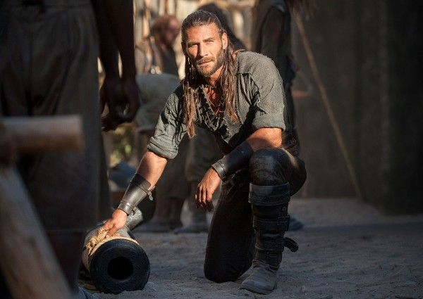 black-sails-season-3-zach-mcgowan-image