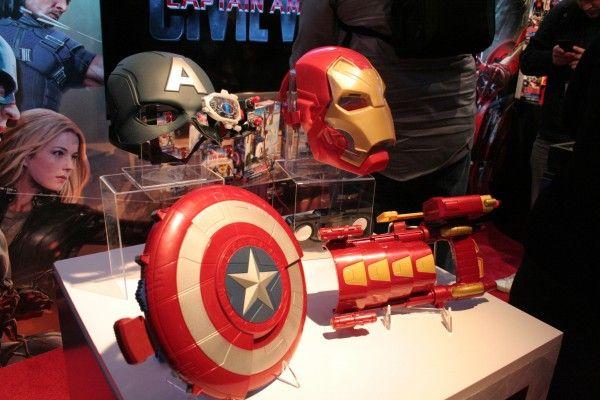 captain-america-iron-man-costume-hasbro-toy-fair