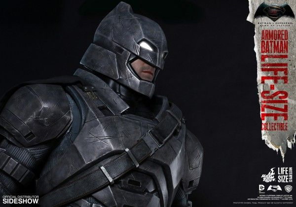 dc-comics-dawn-of-justice-armored-batman-life-size-collectible-08