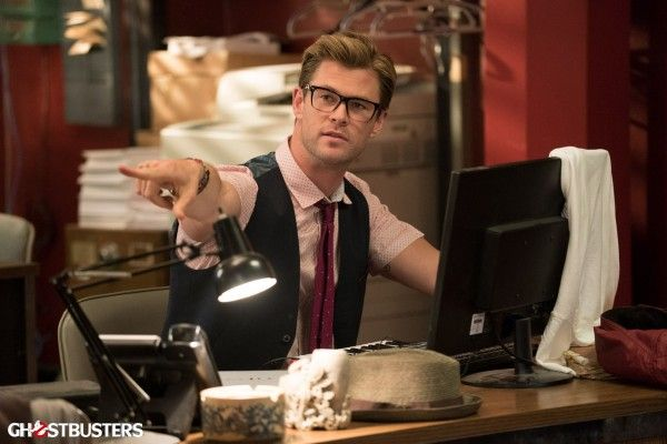 ghostbusters-cast-image-chris-hemsworth-kevin