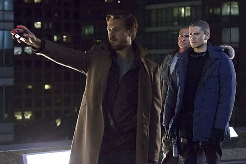 legends-of-tomorrow-arthur-darvill-wentworth-miller-dominic-purcell