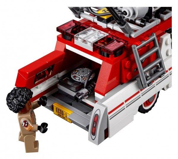 lego-ghostbusters-ecto-1-leslie-jones