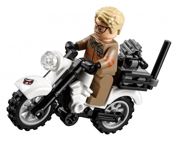 lego-ghostbusters-ecto-2-chris-hemsworth