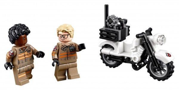 lego-ghostbusters-ecto-2-jones-hemsworth