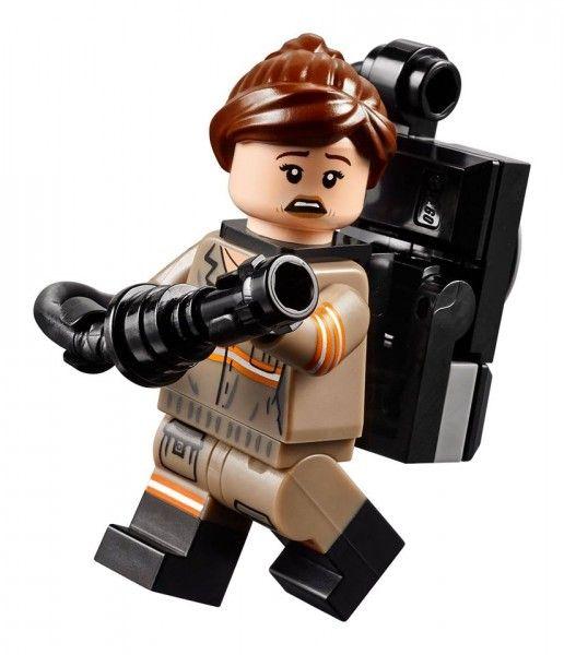 lego-ghostbusters-kristen-wiig-1