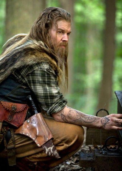 Ryan Hurst on Outsiders Season 1, David Morse | Collider
