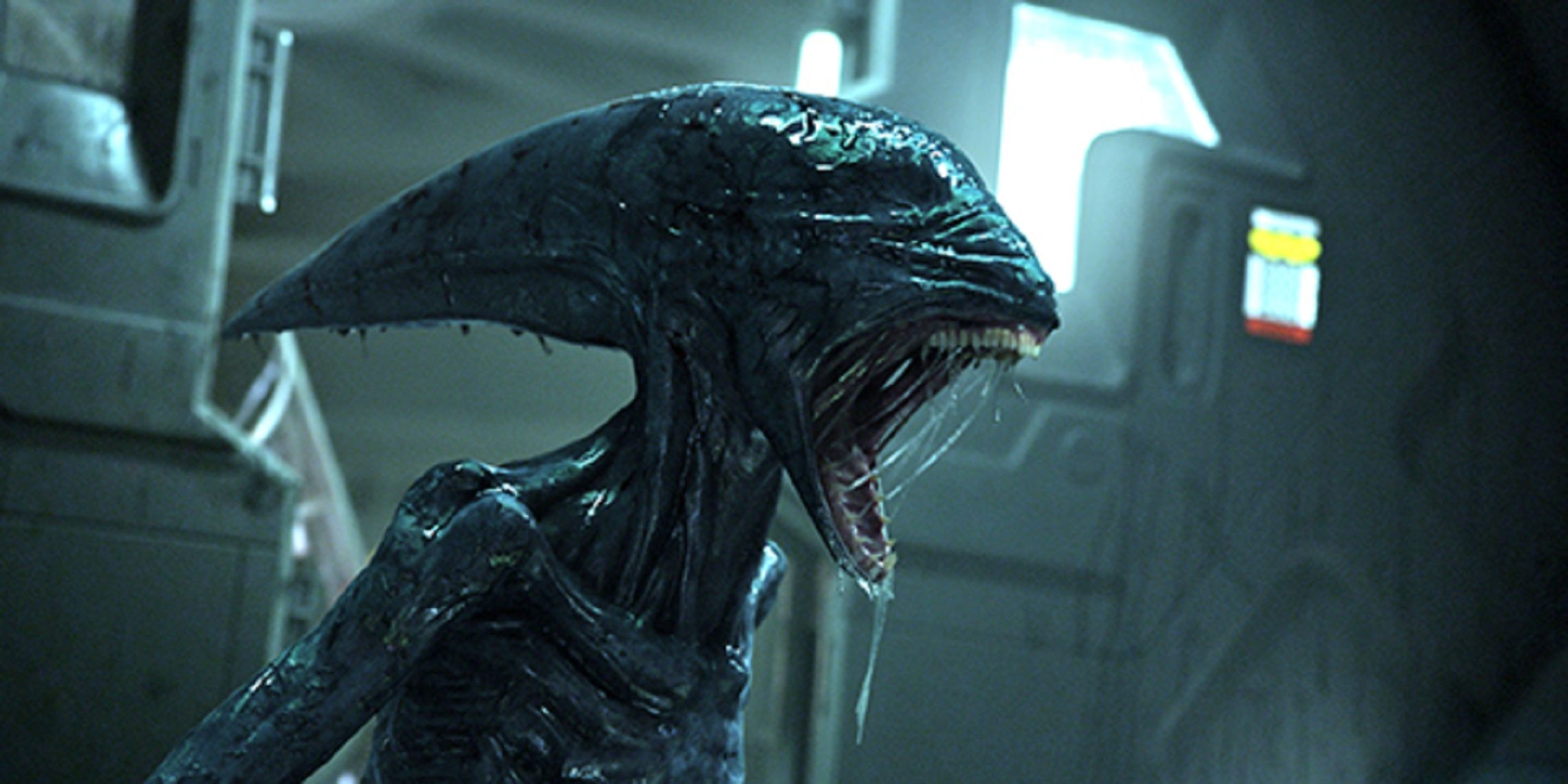 michael fassbender on  u0026quot much scarier u0026quot  alien  covenant