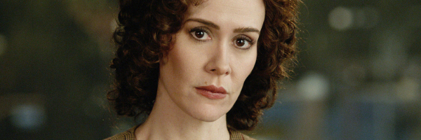 sarah-paulson-emmy-award-people-vs-oj-american-crime-story