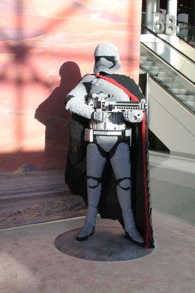 star-wars-captain-phasma-lego-toy-fair