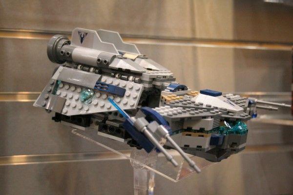 star-wars-lego-toy-fair-starscavenger-1