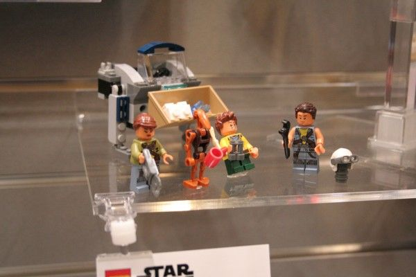 star-wars-lego-toy-fair-starscavenger-2