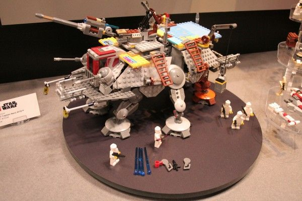 star-wars-rebels-lego-toy-fair-captain-rex-at-te-1