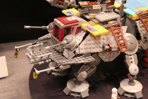 star-wars-rebels-lego-toy-fair-captain-rex-at-te-2