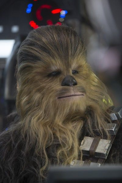 star-wars-the-force-awakens-chewbacca