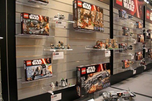 star-wars-the-force-awakens-lego-toy-fair-2016