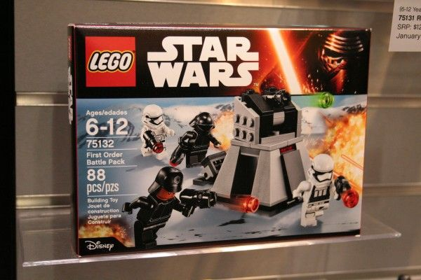 star-wars-the-force-awakens-lego-toy-fair-first-order-battle-pack