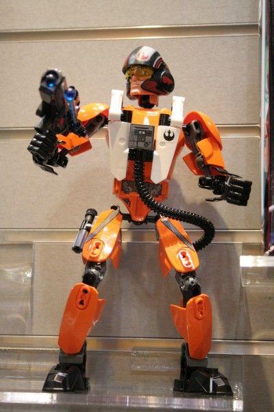 star-wars-the-force-awakens-lego-toy-fair-poe