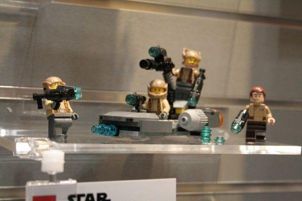 star-wars-the-force-awakens-lego-toy-fair-resistance-trooper-battle-pack-2