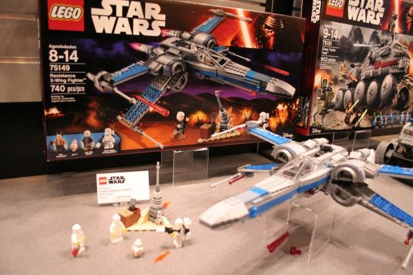 star-wars-the-force-awakens-lego-toy-fair-resistance-x-wing-fighter