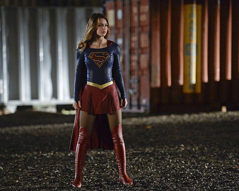supergirl season 2 to introduce superman collider. Black Bedroom Furniture Sets. Home Design Ideas