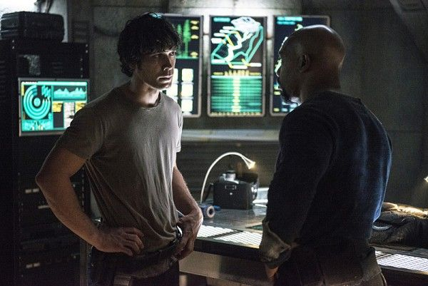 the-100-season-3-bob-morley-bellamy-image-1