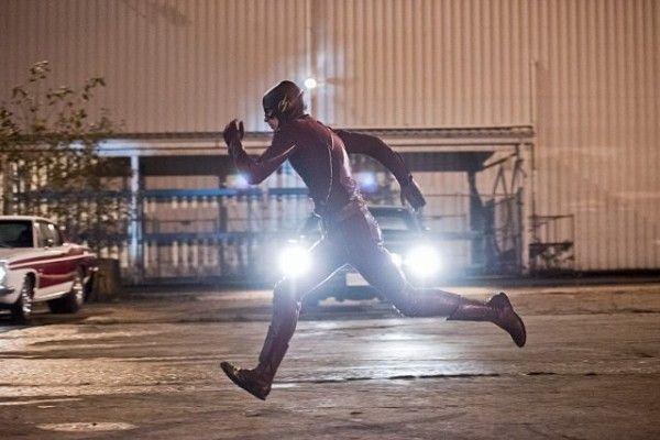 the-flash-cast-image-fast-lane