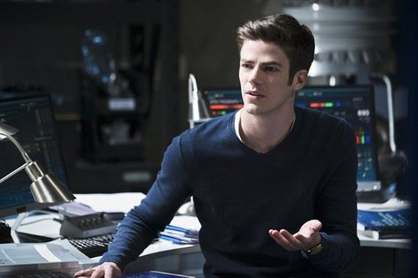the-flash-cast-image-fast-lane-grant-gustin