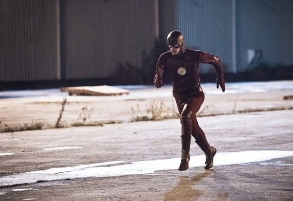 the-flash-cast-image-grant-gustin-fast-lane