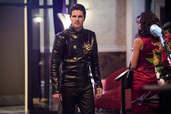 the-flash-deathstorm-robbie-amell