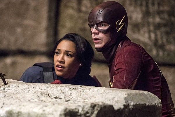 the-flash-season-2-candice-patton-grant-gustin-04