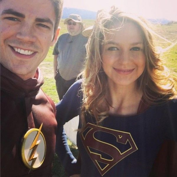 the-flash-supergirl-crossover-grant-gustin-melissa-benoist