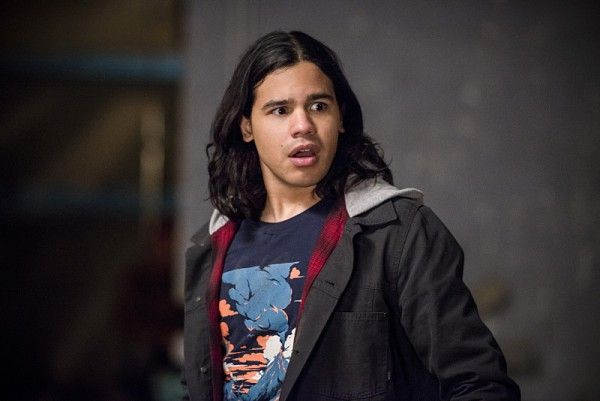 the-flash-welcome-to-earth-2-carlos-valdes