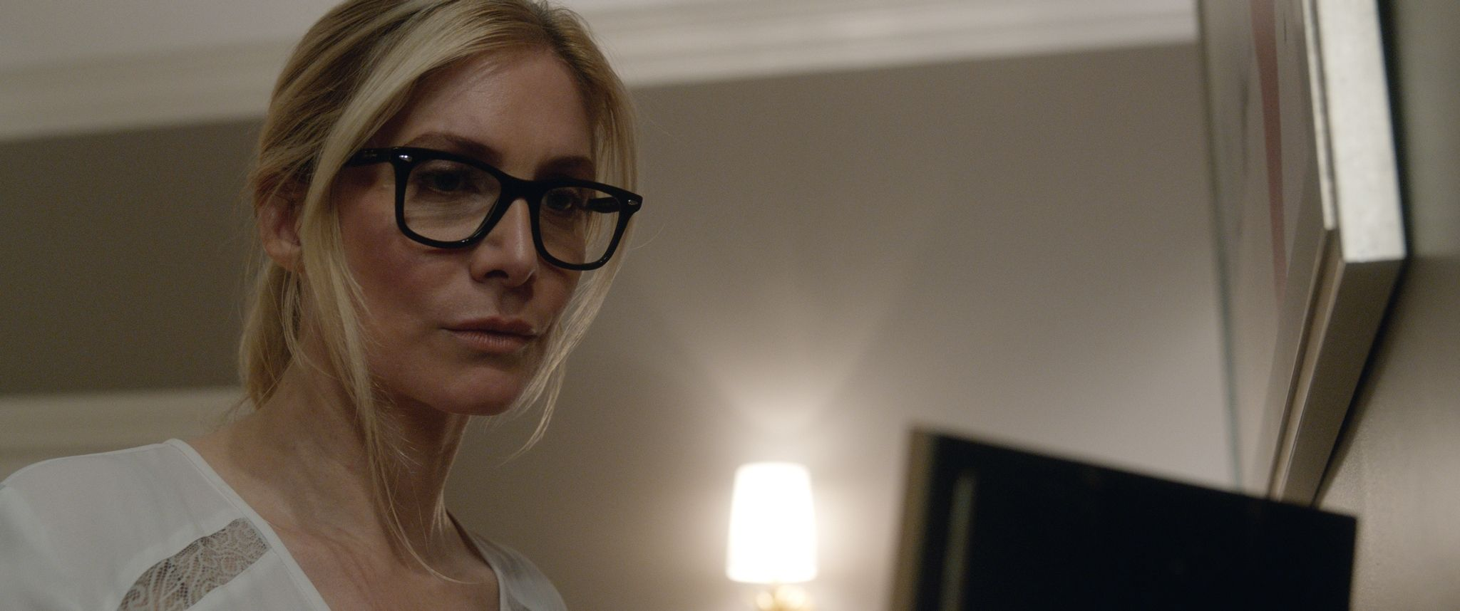 Elizabeth Mitchell the purge 3
