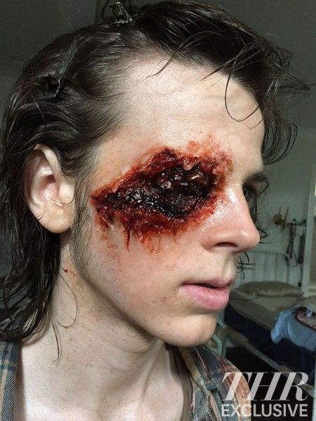 the-walking-dead-carl-gunshot