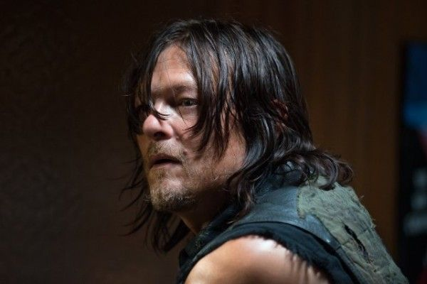 the-walking-dead-daryl-image-knots-untie