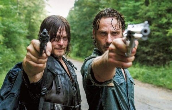 the-walking-dead-norman-reedus-andrew-lincoln-image-the-next-world