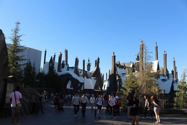 wizarding-world-of-harry-potter-hogsmeade-21