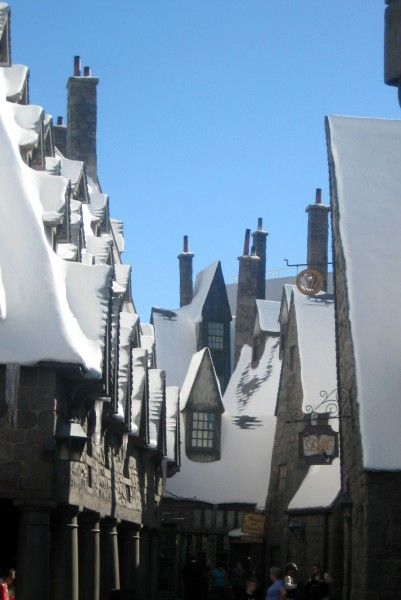 wizarding-world-of-harry-potter-hogsmeade-49